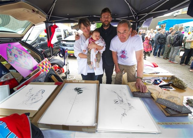 Damien Albern with his sis Jessica and dad at the vauxhall art boot sale