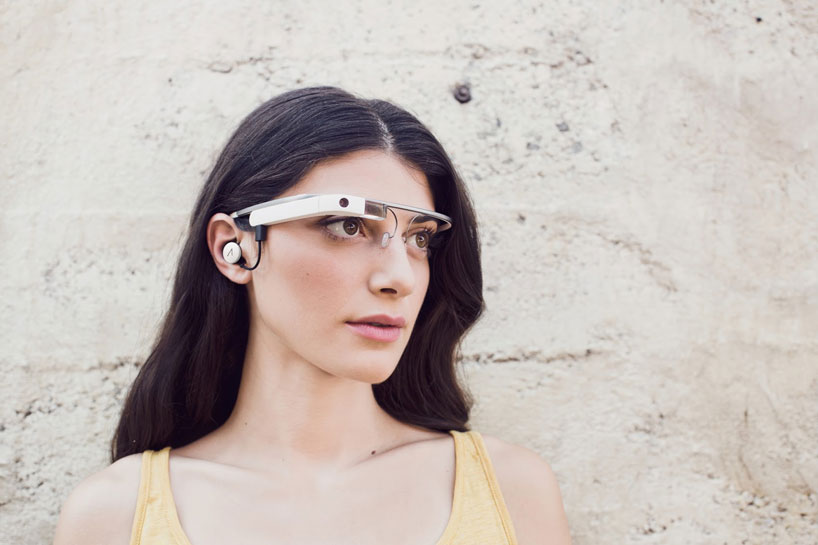google-glass-reveals-second-generation-device-designboom02